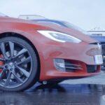 Tesla Model S P90D vs. Porsche Taycan Turbo drag race video.