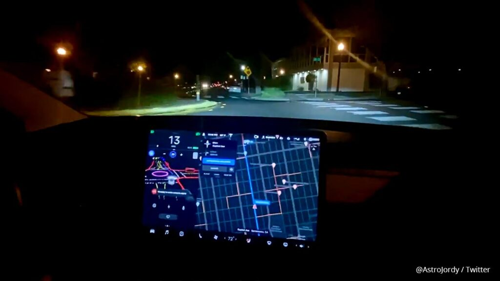 Tesla Model 3 running Full Self-Driving (FSD) Beta, video in the article.