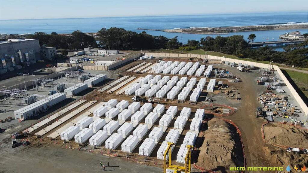 Drone shot of the PG & E energy storage project built with Tesla Megapacks.
