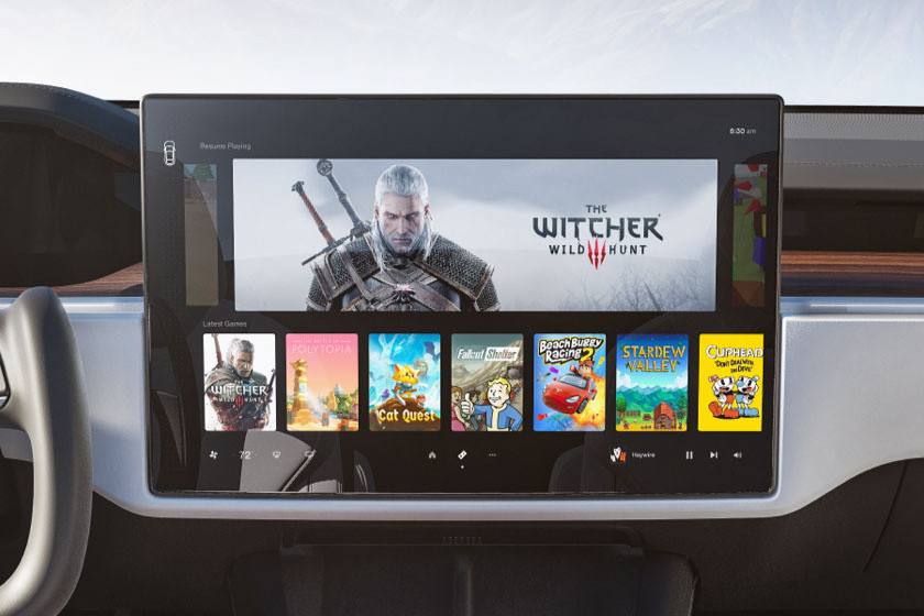 2021 Tesla Model S/X center touchscreen display.
