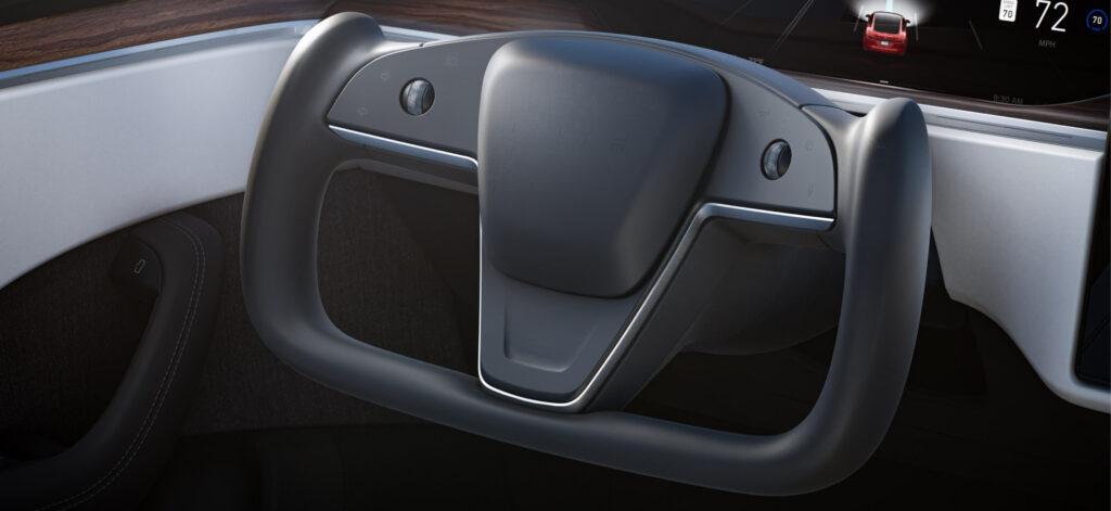 2021 Tesla Model S Yoke Steering Wheel (no stalks for wipers, Autopilot, drive mode, gear shifts).