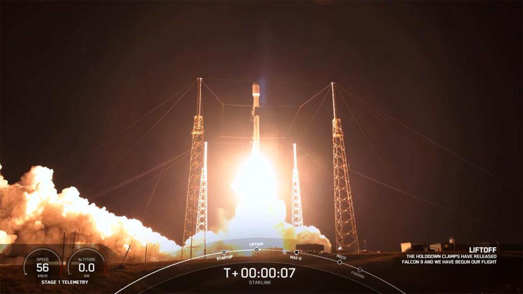 Falcon 9 rocket launching 60 Starlinks satellites.