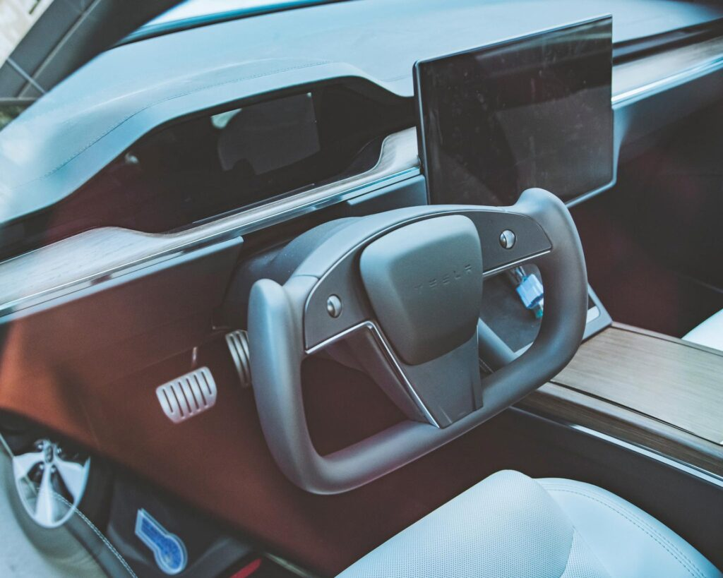 2021 Tesla Model S refresh spotted with the Yoke steering wheel.