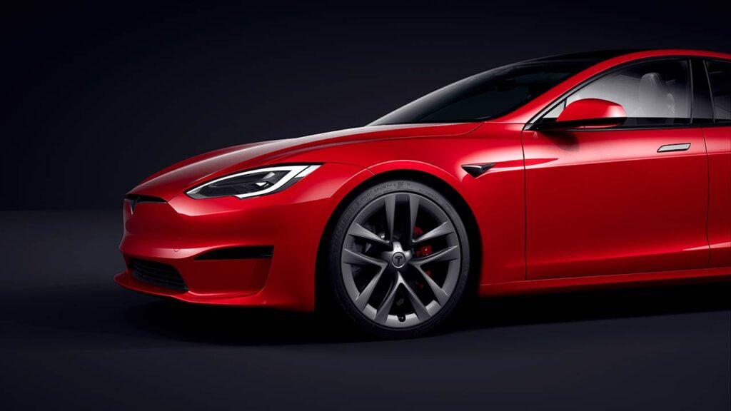 Tesla Model S Plaid in red color.