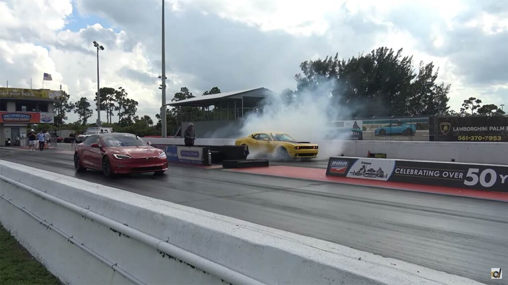Tesla Model S Plaid and Dodge Demon getting ready for the drag race.